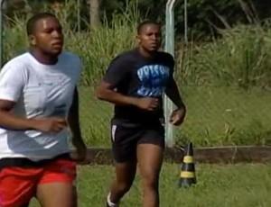 Gêmeos são arma para enganar equipes adversárias (Foto: Reprodução/TV Integração)