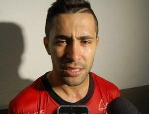 Magno, volante do Campinense (Foto: Silas Batista / GloboEsporte.com)