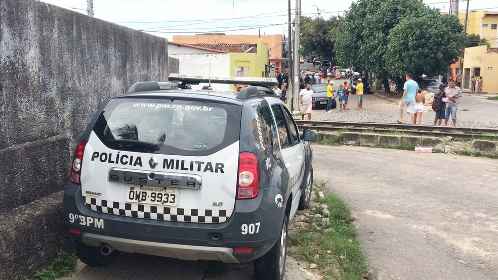 Crime aconteceu no cruzamento das ruas Presidente Leão Veloso com Paiatis (Foto: Heloísa Guimarães/Inter TV Cabugi)