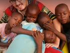 Voluntário uberlandense se dedica a resgatar 'crianças bruxas' africanas