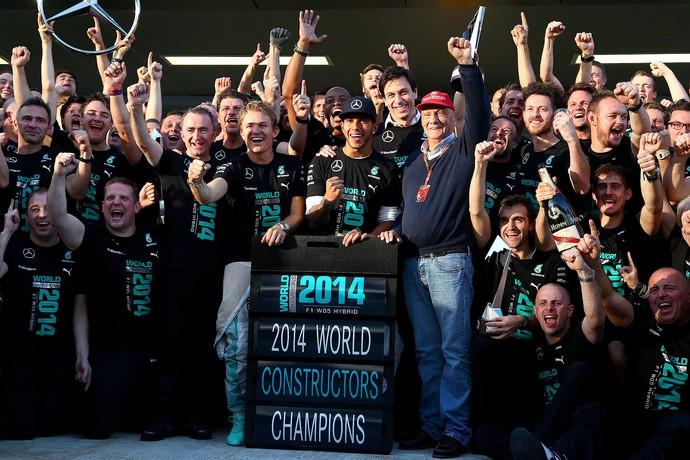 Comemoração da Mercedes pelo título do Mundial de Construtores (Foto: Getty Images)
