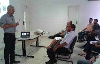 Treinamento foi conduzido pelo Coach Paulo Ricardo Brandolt. (Foto: Deisianne Mendes / Arquivo Pessoal)