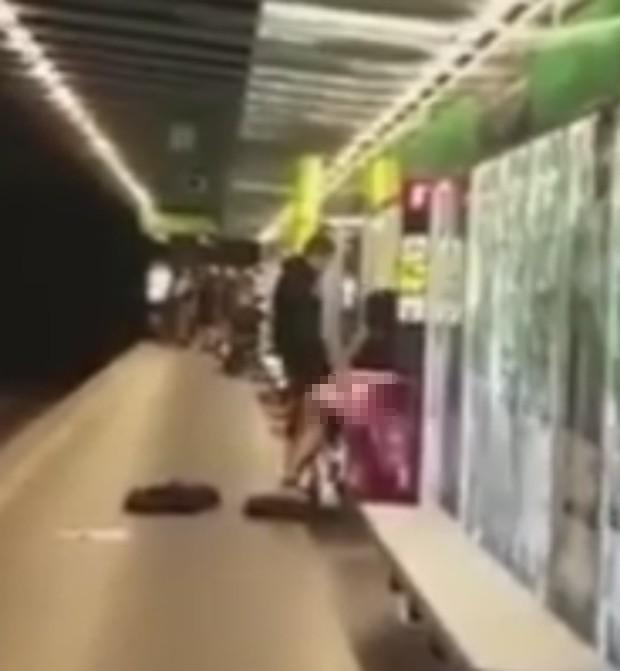 Ato sexual aconteceu na estação de metrô Liceu (Foto: Reprodução/YouTube)
