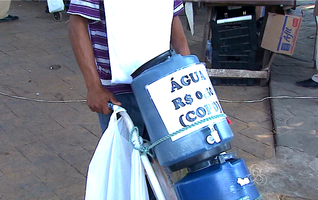 Nesta época é recomendado beber muita água  (Foto: Bom Dia Amazônia )