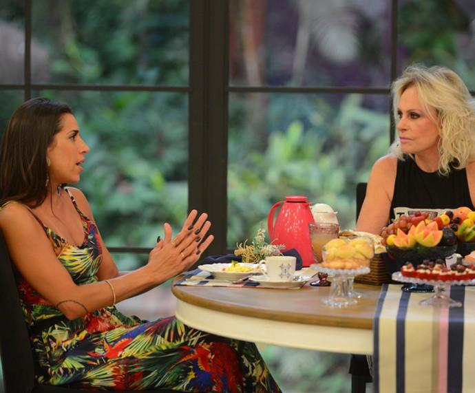 Ana Maria Braga recebe Juliana para o café da manhã (Foto: Pedro Carrilho / Gshow)
