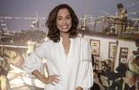 Camila Pitanga  celebra missão de viver Tereza