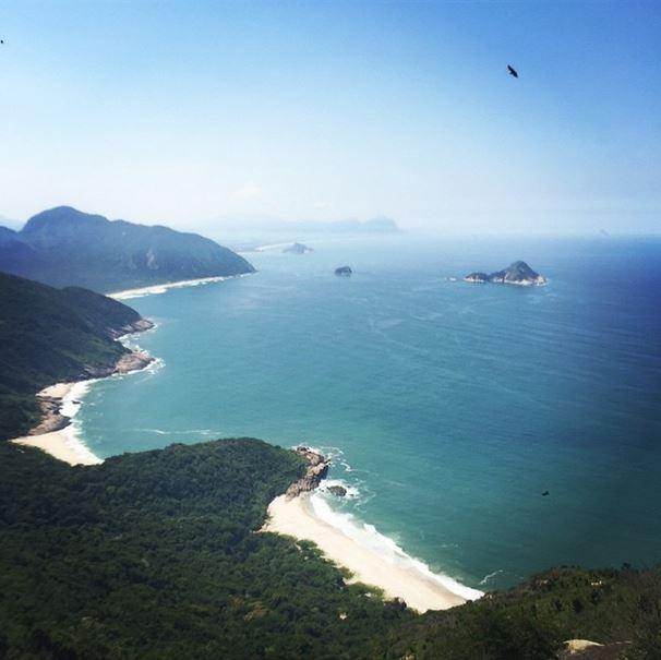 Flávia Alessandra mostra a vista do Rio durante trilha (Foto: instagram/reprodução)