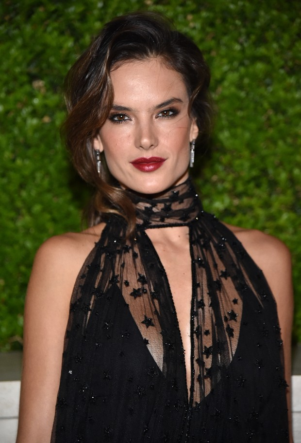 Alessandra Ambrósio (Foto: MIKE WINDLE / GETTY IMAGES NORTH AMERICA / AFP)