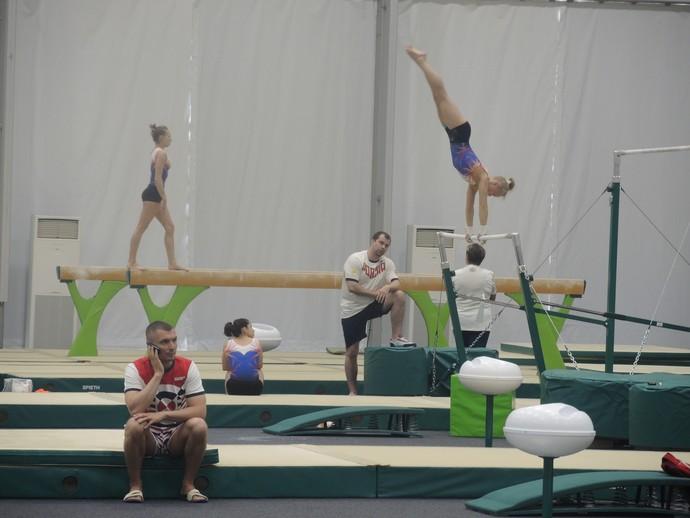 Ginástica da Rússia treina no Rio de Janeiro (Foto: David Abramvezt)