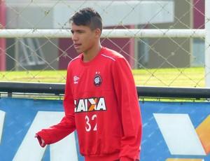 Giovanny Atlético-PR (Foto: Monique Silva)