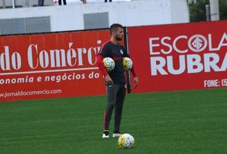 Nico López atacante Inter (Foto: Tomás Hammes / GloboEsporte.com)