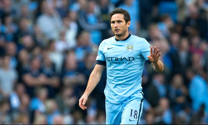 Lampard comemora gol do Manchester City contra o Chelsea (Foto: Agência AP)