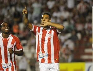 Elton Náutico (Foto: Aldo Carneiro / Pernambuco Press)