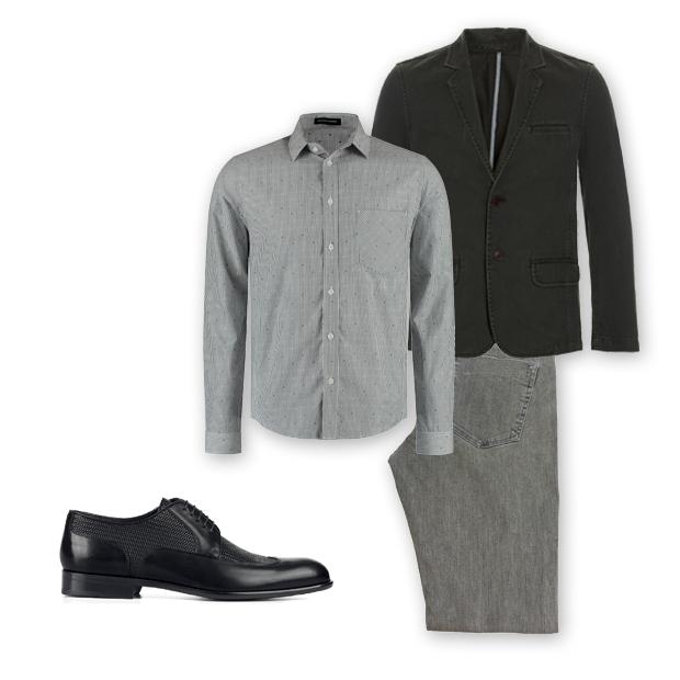 Sapato Hugo Boss (sob consulta), camisa Herchcovitch;Alexandre (R$ 399), blazer jeans Siberian (R$ 399,90), calça Zapalla (R$ 187) (Foto: Divulgação)