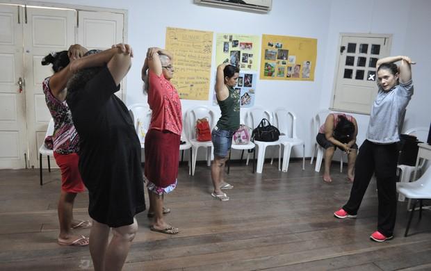 Aline Coutinho se dedica ao tratamento de pessoas com transtornos mentais em Teresina (Foto: Renan Morais/GLOBOESPORTE.COM)