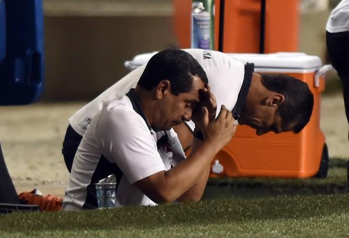 Jorginho e Zinho lamentam derrota para o Fluminense (Foto: André Durão)