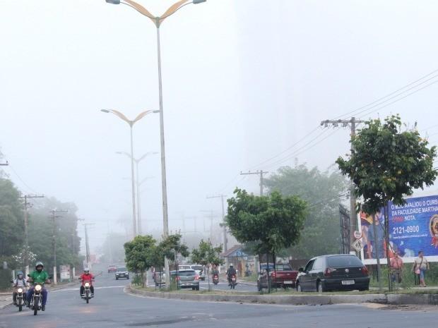 Neblina em Manaus (Foto: Caio Pimenta /G1 AM)