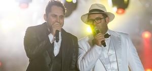Maycon & Renato levam 'funknejo' ao palco (Érico Andrade/G1)