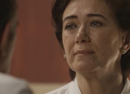Eurico perdoa Silvana, e ela vai para a reabilitação