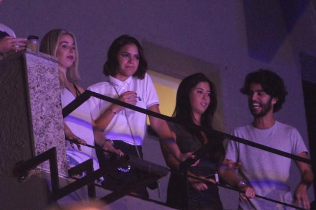 Bruna Marquezine no show de Marilia Mendonça (Foto: AG News)