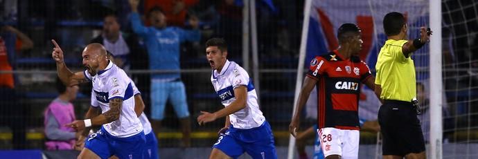 Santiago Silva; Universidad Católica x Flamengo (Foto: Reuters)