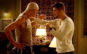 Jorginho confessa a Leleco seu amor por Nina e se revolta com pedido do avô
