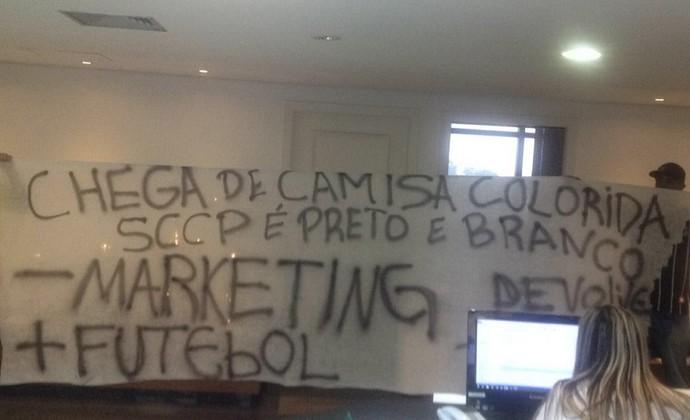 Protesto Corinthians Parque São Jorge (Foto: Arquivo pessoal)