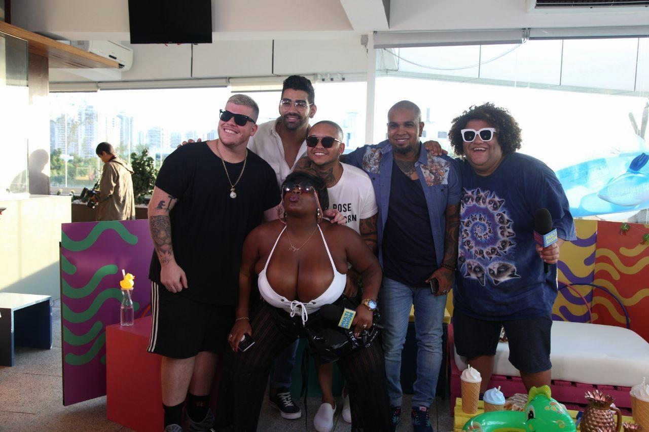 Ferrugem, Dilsinho, Suel e Rodriguinho participaram da live com Jojo Todynho e GOminho (Foto: Fabiano Leone/Multishow)