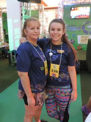 Mãe e filha vieram de Novo Horizonte só para participar do TEM GAMES (Foto: Bruna Alves/G1)