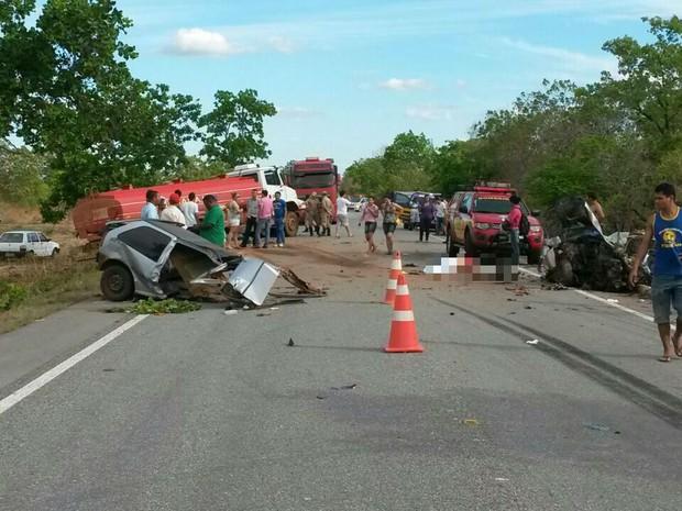Acidente aconteceu entre Gurupi e Formoso do Araguaia (Foto: Tiago Souza)