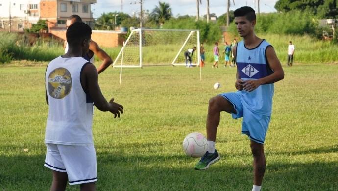 Josy Braz, meia do Atlético-AC (Foto: Duaine Rodrigues)