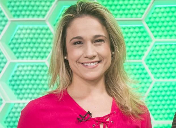 Fernanda Gentil assume comando do 'Saia Justa — Em dezembro