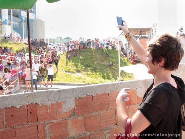 Dani Moreno se diverte com o público (Foto: Salve Jorge/TV Globo)