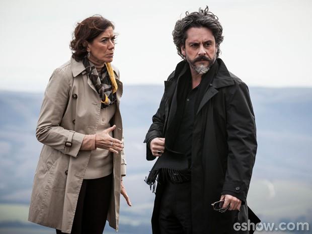 Maria Marta e José Alfredo vivem em pé de guerra (Foto: Pedro Curi/ TV Globo)