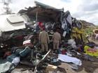 FOTOS: acidente deixa 14 mortos em rodovia na Bahia