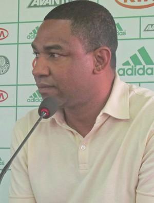 Cesar Sampaio, coletiva Palmeiras (Foto: Diego Ribeiro / Globoesporte.com)