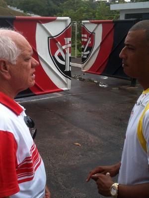 ednilson sena e adalberto lopes; vitoria e botafogo-ba (Foto: Thiago Pereira/Globoesporte.com)