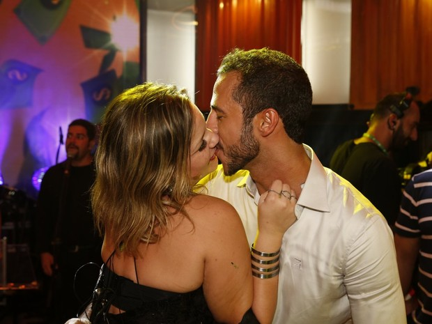 Ex-BBB Cacau e Matheus na final do 'Big Brother Brasil 16' (Foto: Marcos Serra Lima/ EGO)