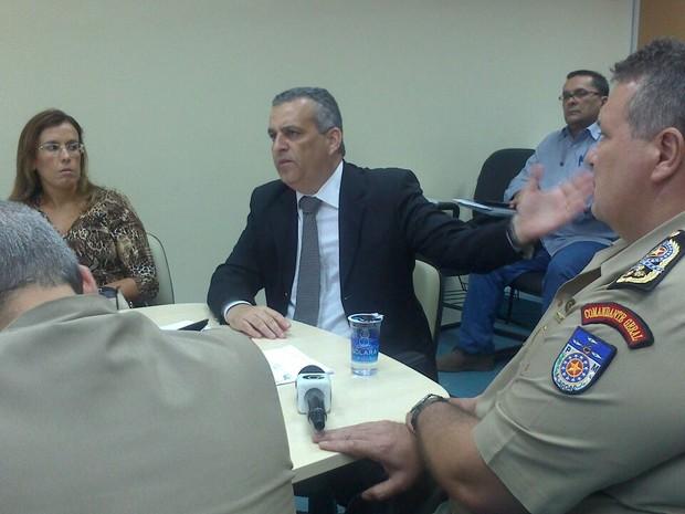 Alfredo Gaspar de Mendonça apresenta dados sobre a segurança pública em Alagoas (Foto: Waldson Costa/ G1)