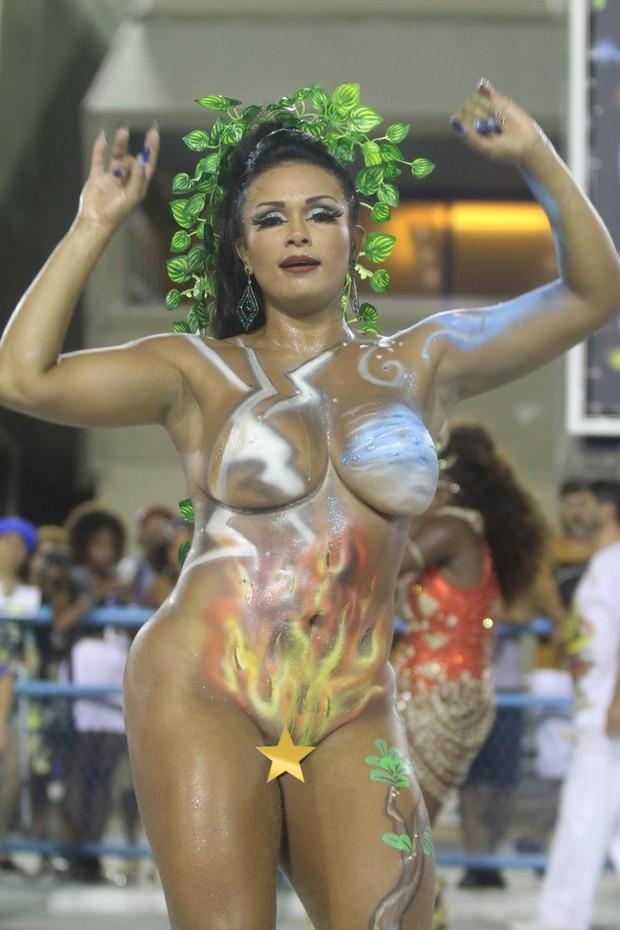 Musas do carnaval roubam a cena em ensaio técnico da União da Ilha (Foto: Daniel Pinheiro / AgNews )