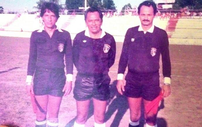 Com problemas nos joelhos, José Ribamar migrou para a função de árbitro  (Foto: José Ribamar / arquivo pessoal )