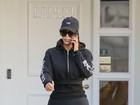 Kim Kardashian chama atenção por cinturinha após perder peso