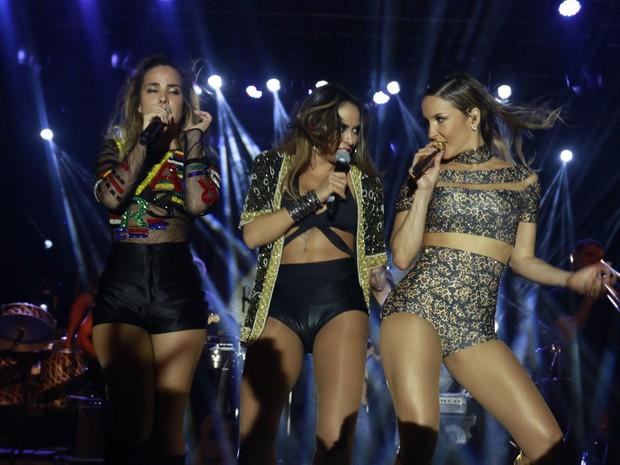 Wanessa, Alinne Rosa e Claudia Leitte em show em Salvador, na Bahia (Foto: Fred Pontes/ Divulgação)