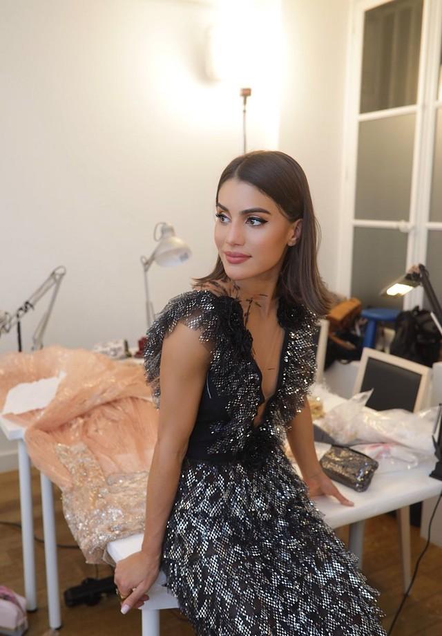 Camila Coelho vai desfilar a alta-costura de Ralph & Russo em Paris (Foto: Divulgação)