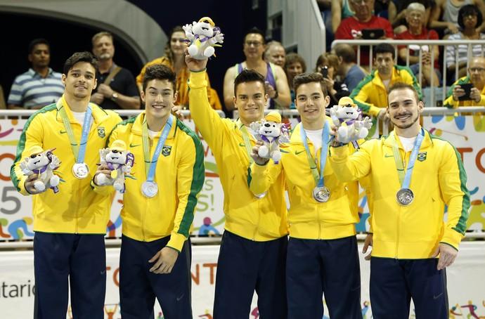 Equipe brasileira medalha de prata na ginástica artística no Pan de Toronto (Foto: Geoff Burke-USA TODAY Sports)