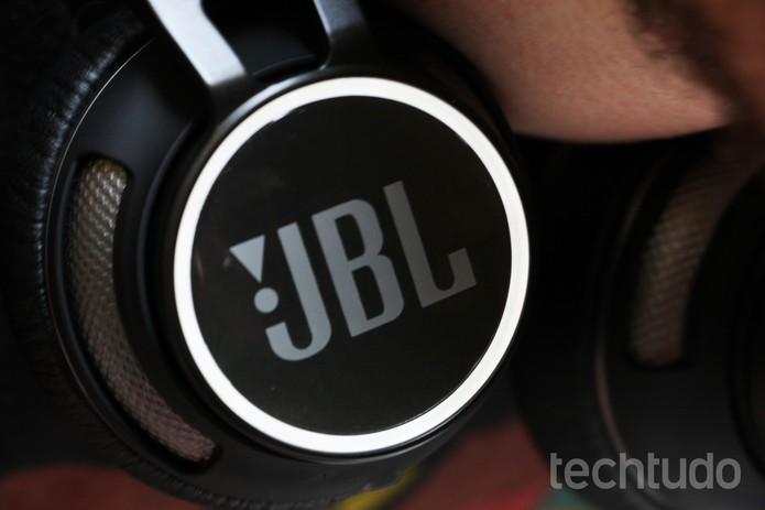 JBL Synchrios S400BT (4) (Foto: Luciana Maline/TechTudo)