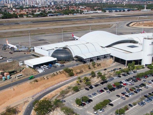Preço da hora de estacionamento no Aeroporto Pinto Martins subiu de R$ 3 para R$ 9 em pouco mais de um ano (Foto: Portal da Copa/Divulgação)