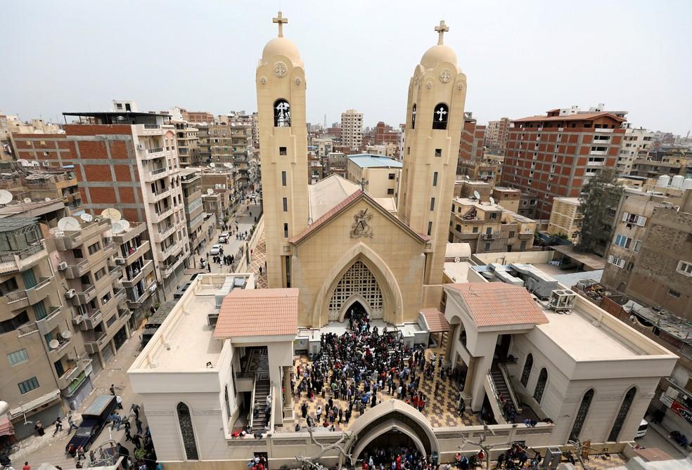 Igreja copta que foi alvo de ataque em Tanta, no Egito, neste domingo (9) (Foto: Mohamed Abd El Ghany/Retuers)