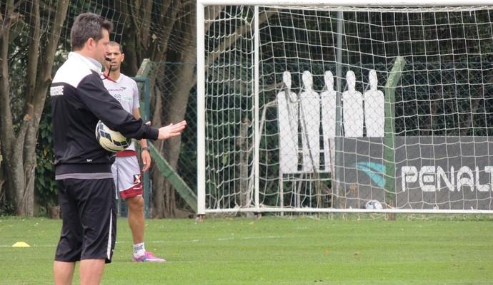 Argel Fucks treino Figueirense (Foto: Renan Koerich)