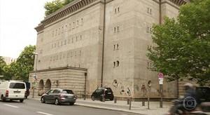Bunker construído por nazistas vira uma galeria de arte na Alemanha (jornal hoje)